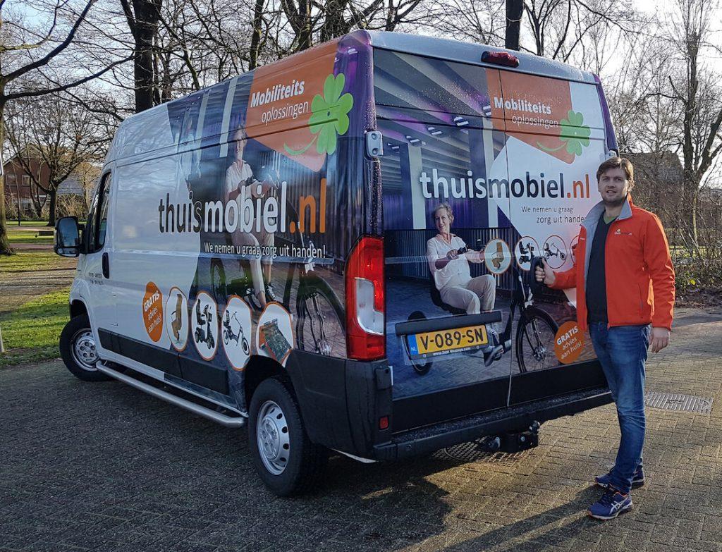 Thuismobiel bus